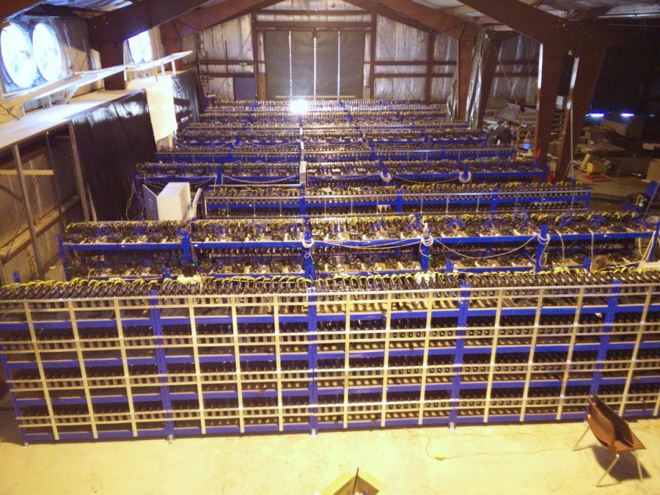 heres-another-shot-of-genesis-mining-operations-more-than-10000-mining-gpus-are-in-this-one-room